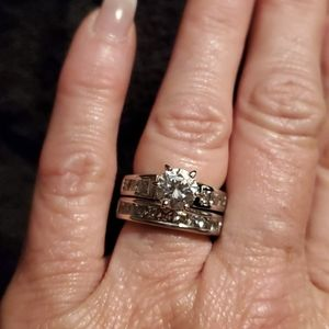 2 piece Sterling silver and CZ wedding ring set